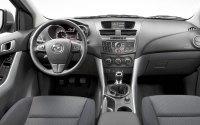 Mazda BT-50 2012 интерьер